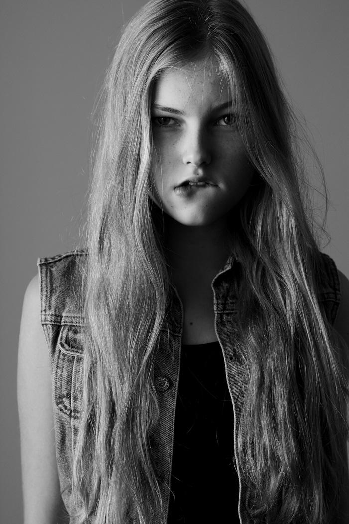 girl models Maxwell
