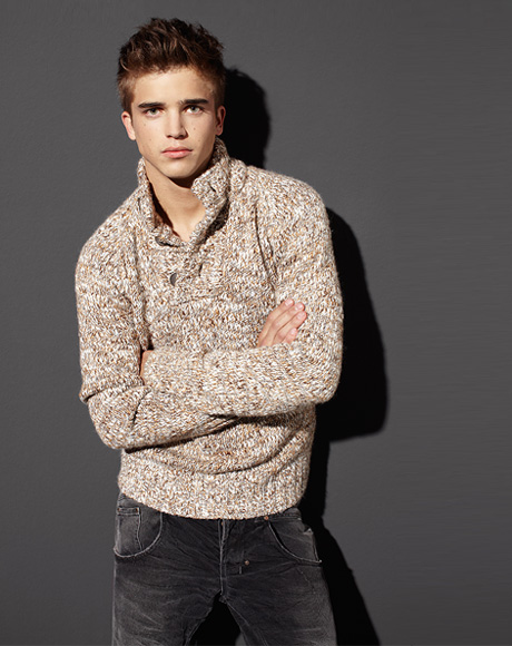 1c9bf055778605 River Viiperi for Bershka Winter 2010.11 Lookbook
