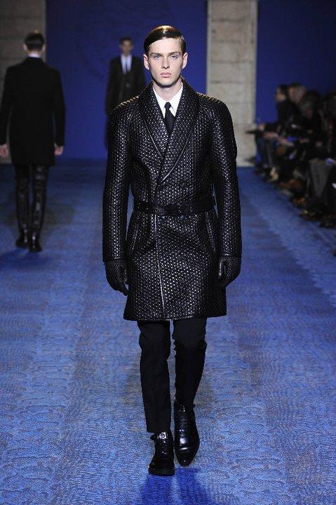 Авторский комментарий: модные молодежные пальто.