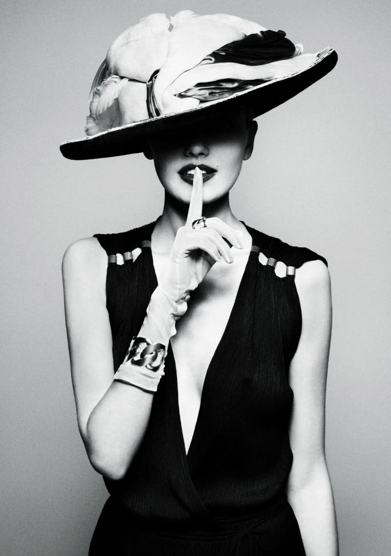 Mad for Hats - Fashion Photography's love affair with the ... |Hat Fashion Photography