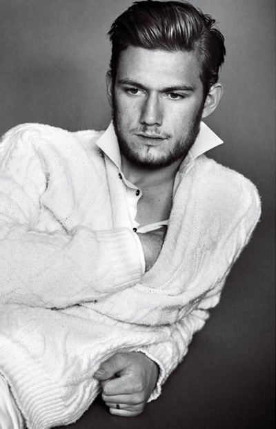 Alex-Pettyfer-for-VMAN-DesignSceneNet-09