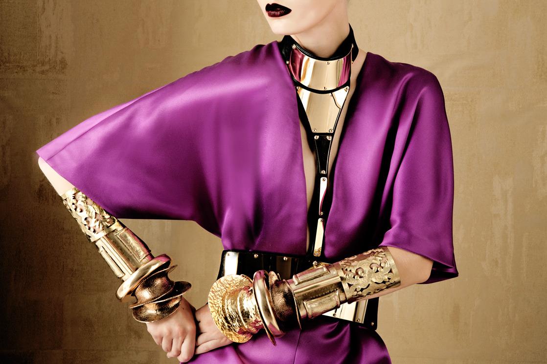 Eccezionale BOLD & GOLD by Oskar Cecere for Vogue Italia WA23