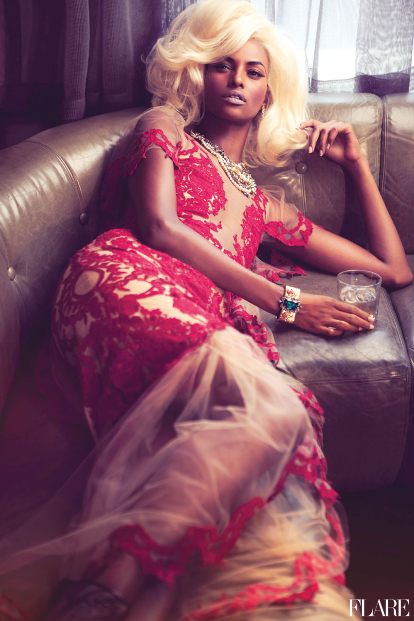 http://www.designscene.net/wp-content/uploads/2011/12/Yasmin-Warsame-Flare-05.jpg