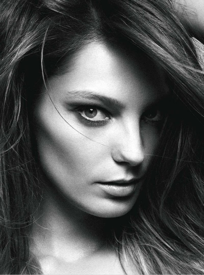 Daria Werbowy Shines On Fashion Canada S October 2013: Daria Werbowy In Balmain For Vogue Australia June 2012