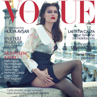 Laetitia-Casta-Vogue-Turkey-October-2012-00