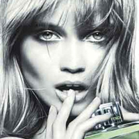Abbey Lee Kershaw Fan di Fendi Eau Fraiche