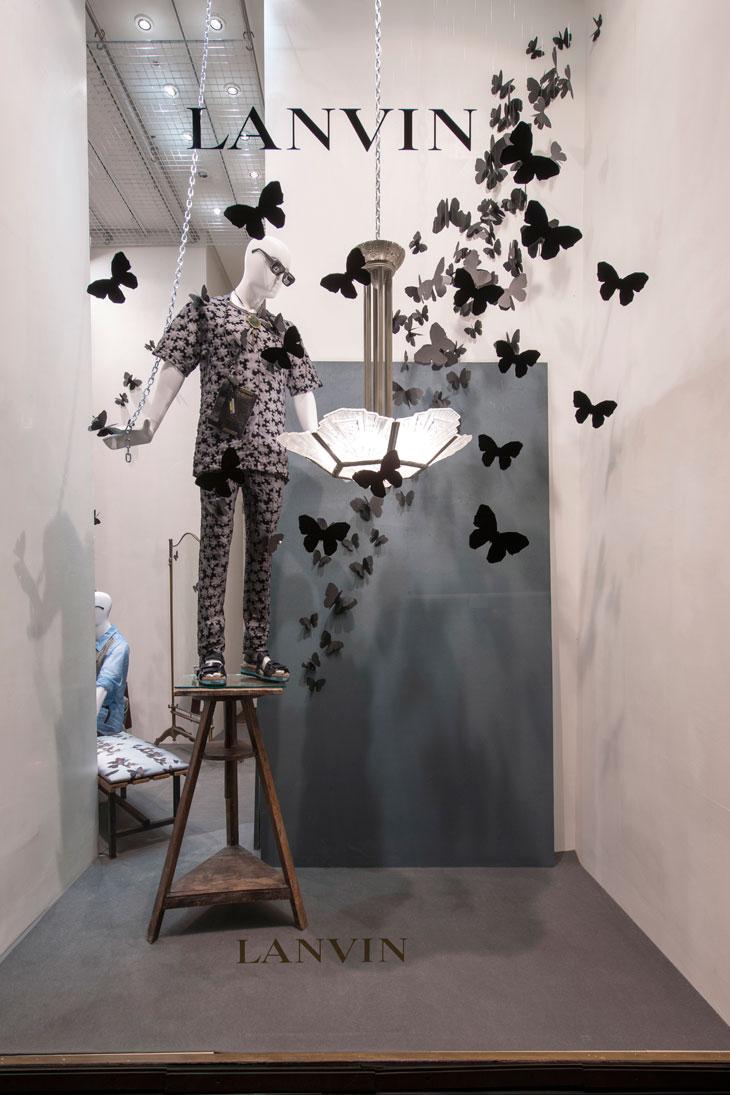 march windows at lanvin boutiques on rue du faubourg saint honor in paris. Black Bedroom Furniture Sets. Home Design Ideas