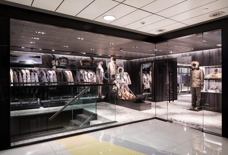 New Moncler Boutique I...