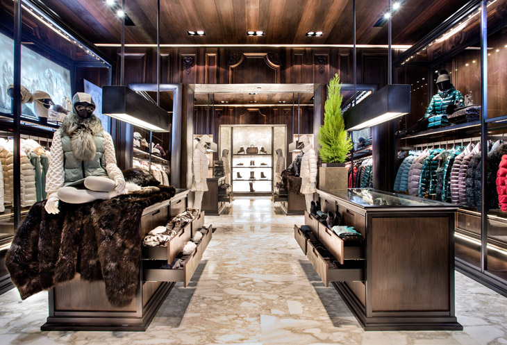 Moncler opens store in istanbul for Showroom moncler milano