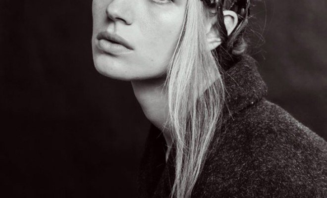 Girl-Sign-Magda-Lipiejko-00