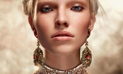 Sasha-Luss-Vogue-Russia
