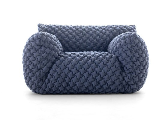 Nuvola Sofa by Paola Navone 01
