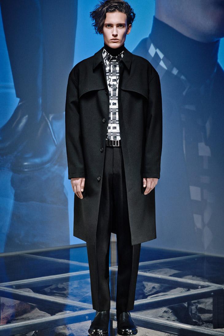 67b597cc90b39 Balenciaga Menswear Fall Winter 2014