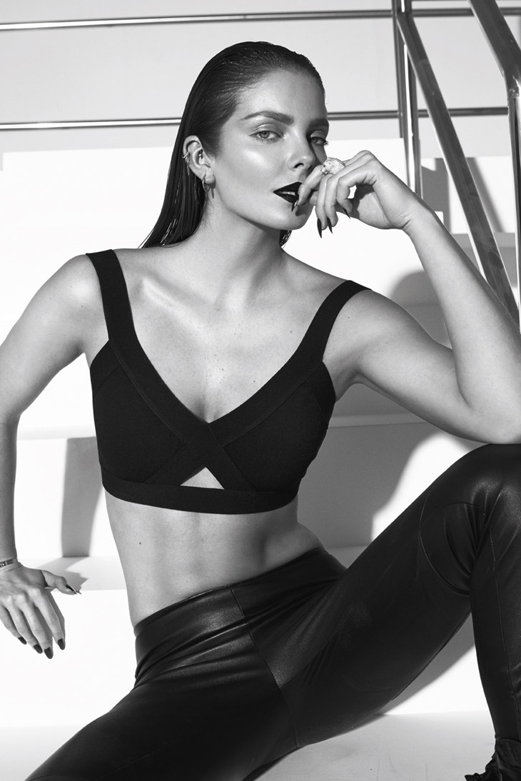 Hilary Rhoda USA 	2 	2012-2013 recommend