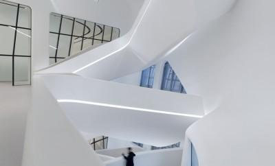 New Zaha Hadid Building Opens Its Doors in Seoul 01