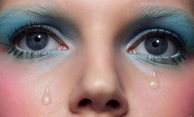 Blue-Romance-Cuneyt-Akeroglu-Antidote-Magazine-03a