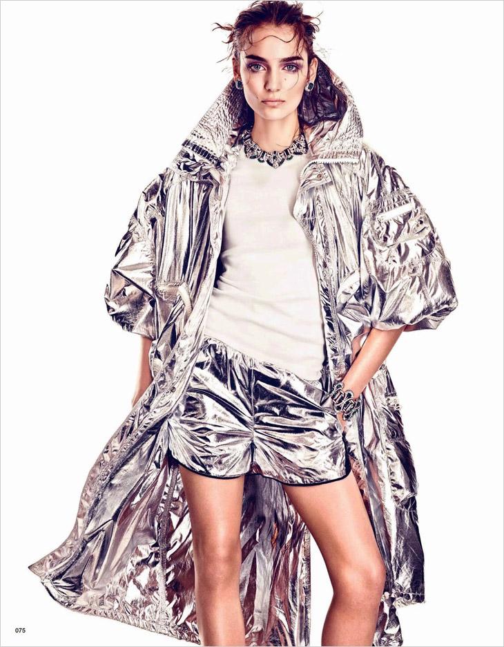 Zuzanna-Bijoch-Vogue-Japan-Andreas-Sjodin-02