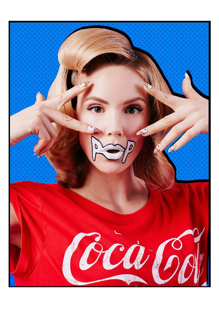 Comig-Girl-Clara-Copley-Design-Scene-02