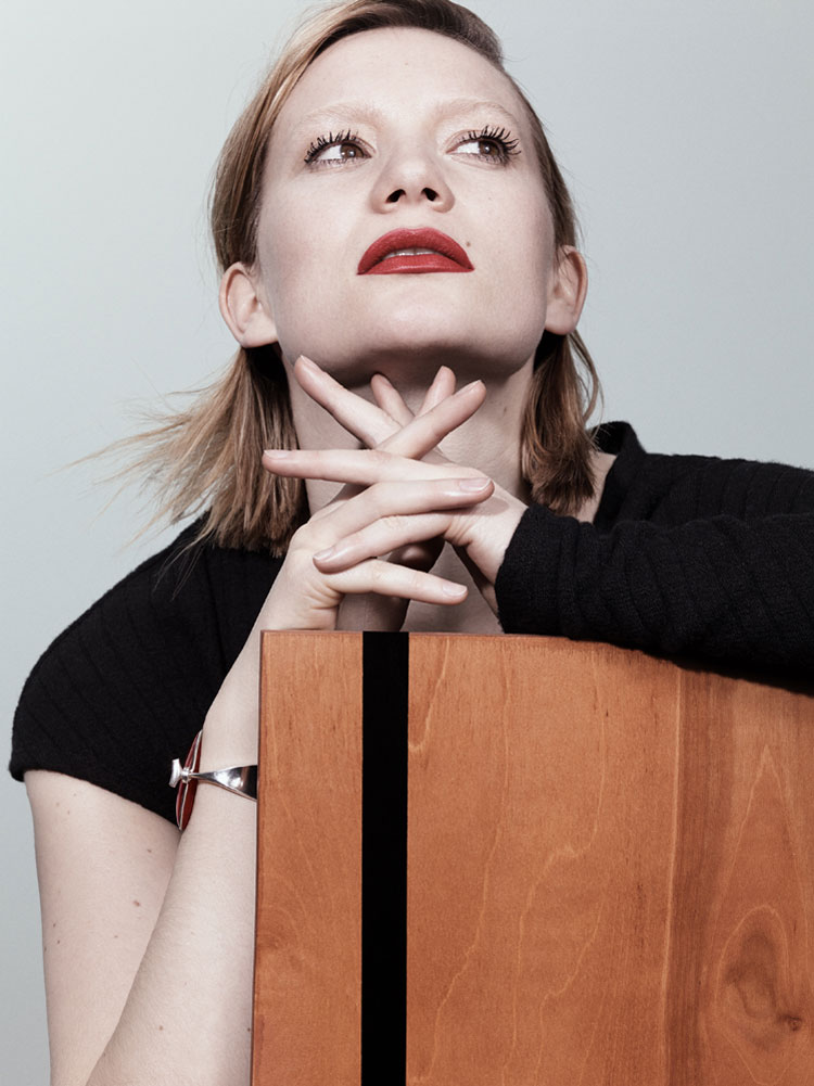 Mia-Wasikowska-Interview-Magazine-August-2014-03