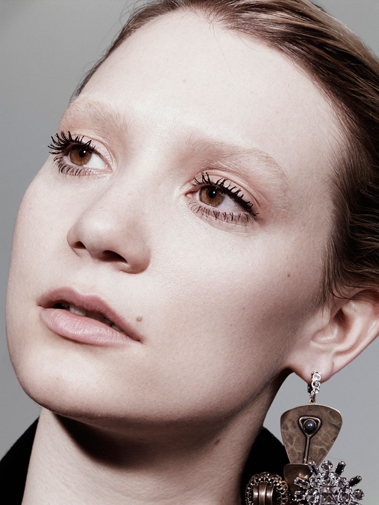 Mia-Wasikowska-Interview-Magazine-August-2014-07