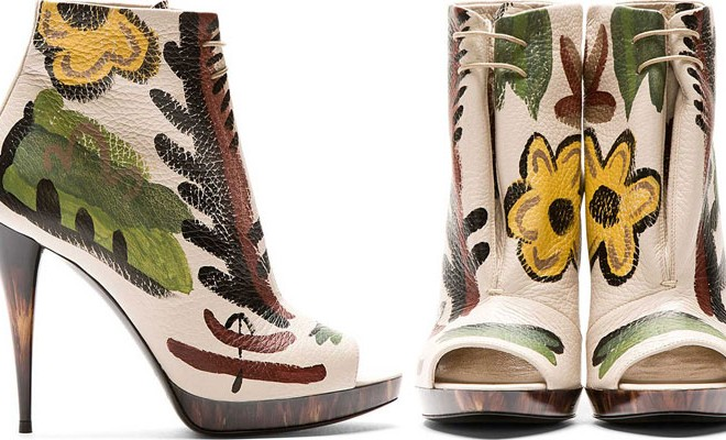 Burberry-Prorsum-Hand-Painted-Ankle-Boots-00