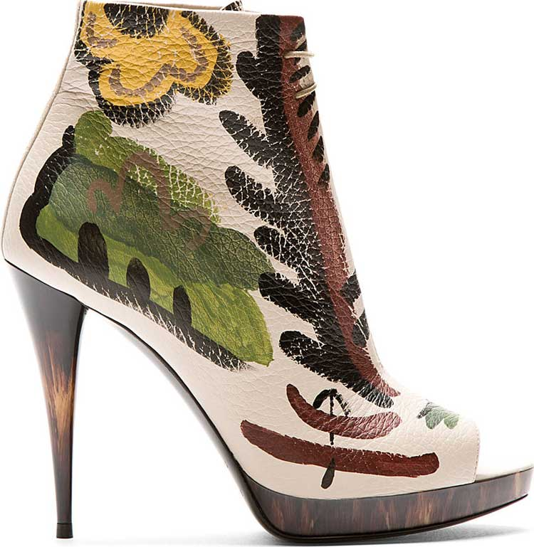 Burberry-Prorsum-Hand-Painted-Ankle-Boots-01