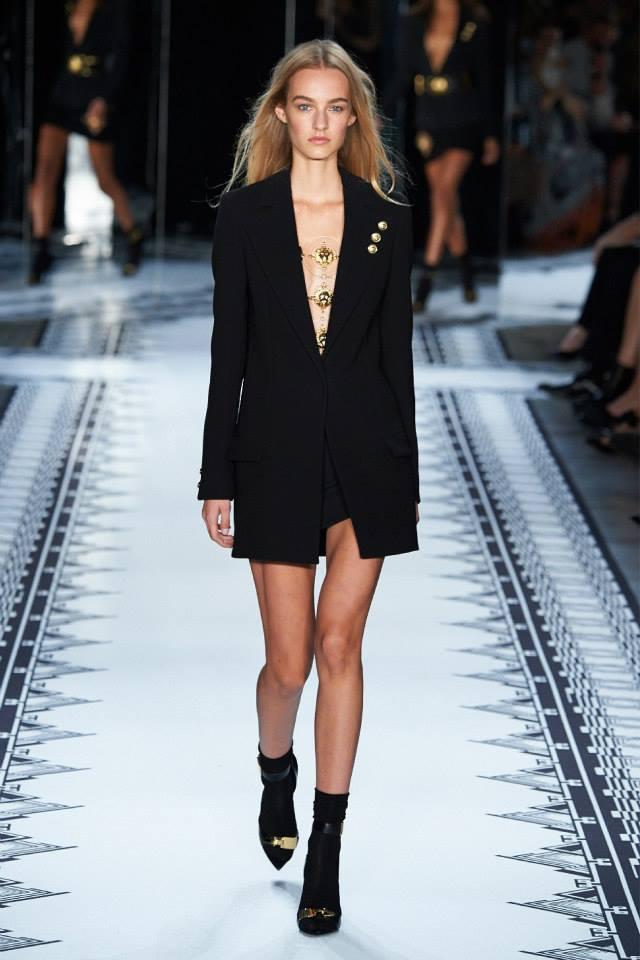 Anthony Vaccarello X Versus Versace Fashion Show