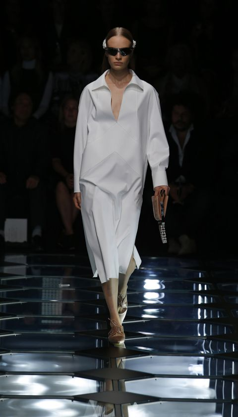 Balenciaga Spring Summer 2015 Womenswear Collection 01 (5)