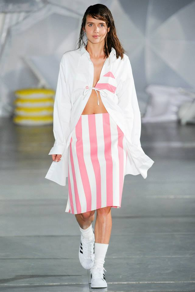 Jacquemus Ready To Wear Spring Summer 2018 Paris: JACQUEMUS Spring Summer 2015 Womenswear Collection