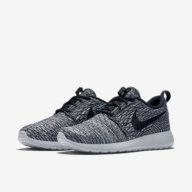 vqmxow Nike Roshe Flyknit The Must Have Women\'s Trainers