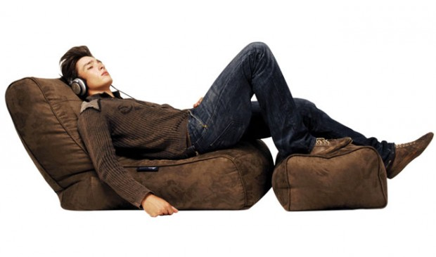 Bean Bags Arent Just For Kids Anymore No These Days Manufacturers Are Keen To The Idea That Adults Want Relive Their Childhood Or Relax In A