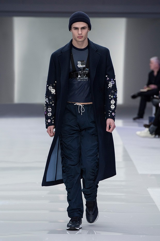 Versace-Men's_FW16_look-27
