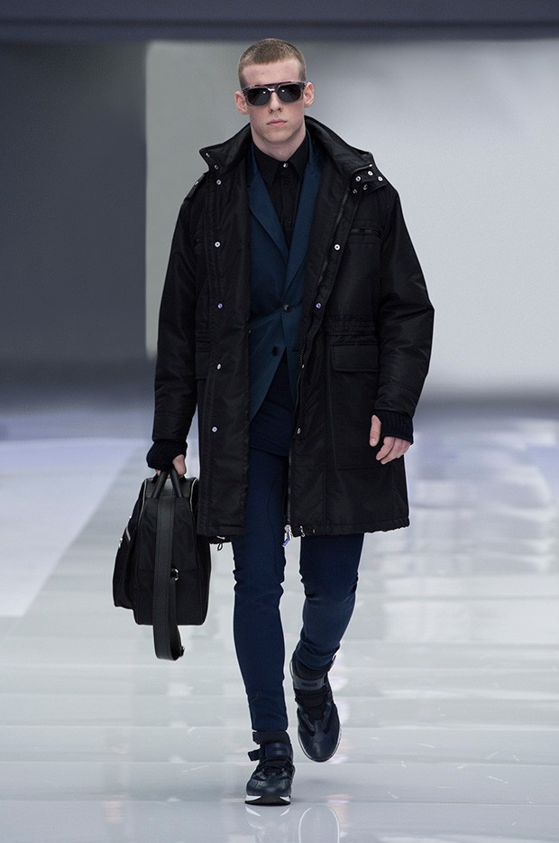 Versace-Men's_FW16_look-30