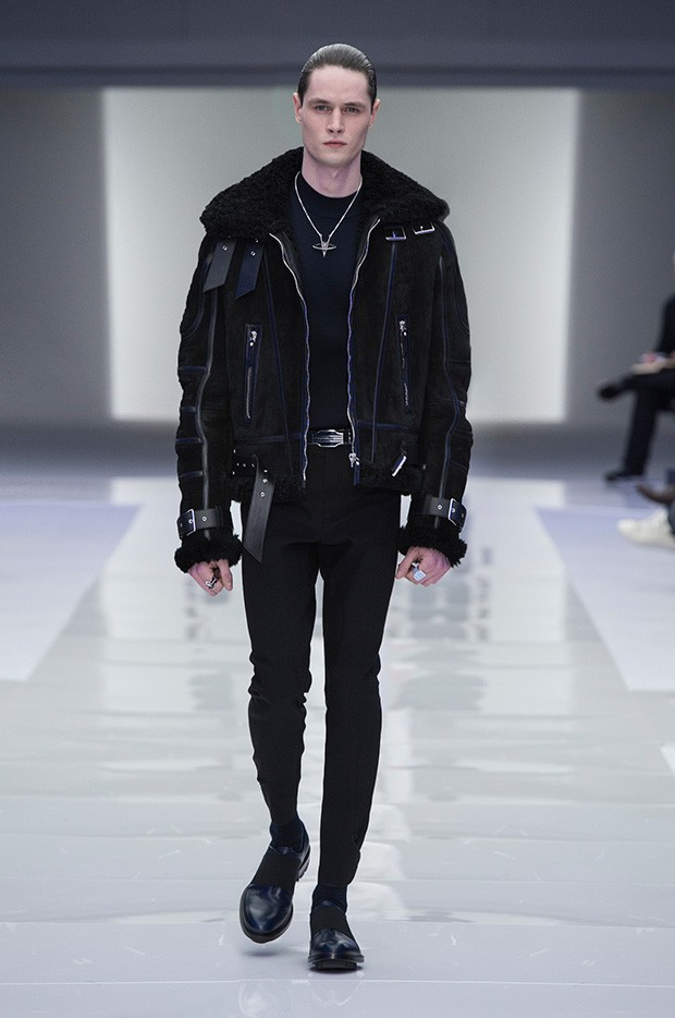 Versace-Men's_FW16_look-34