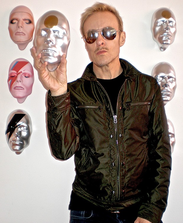 mark-wardel-with-bowie-masks---1