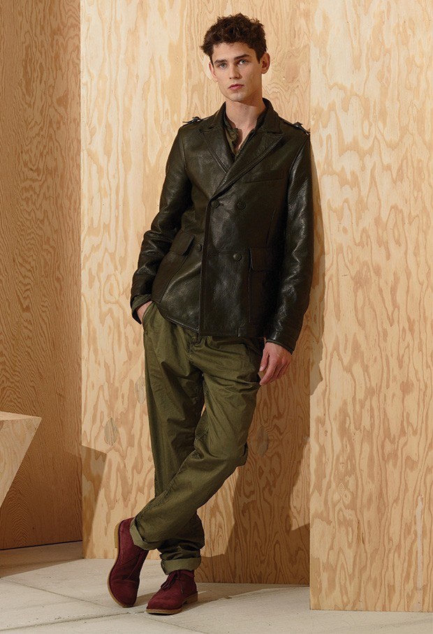 Men-Bottega-Veneta-EF16-Look_03