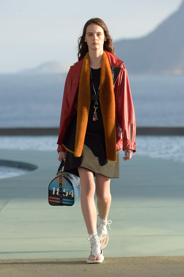 LouisVuitton2017Cruise-26