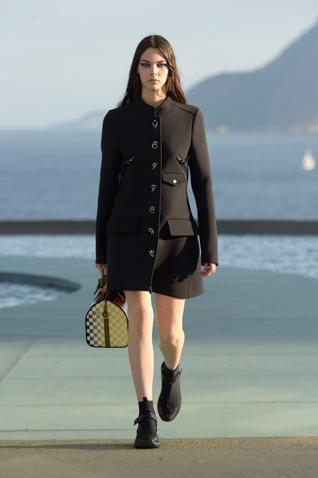 LouisVuitton2017Cruise-29