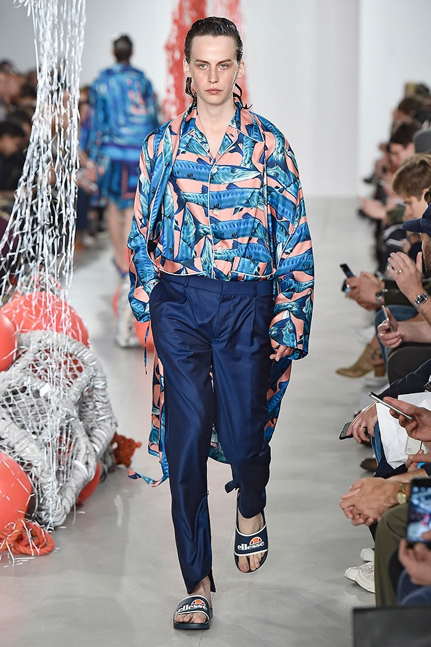 Katie-Eary-lcm-ss17 (18)