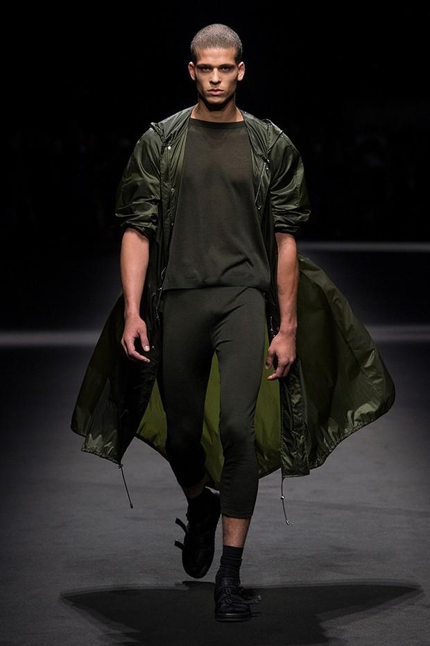 Versace ss17 mfw (1)