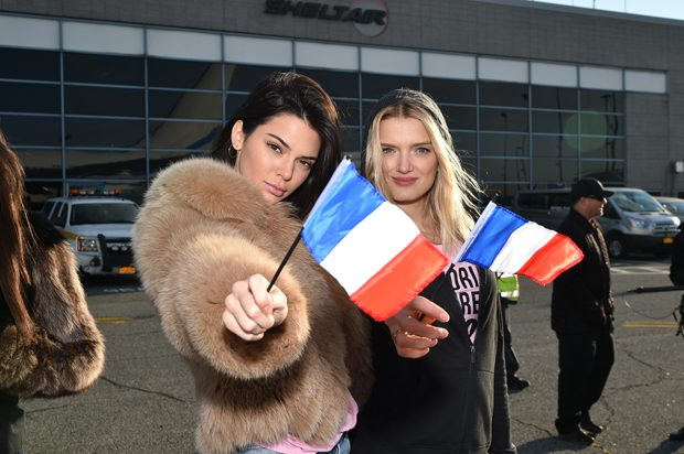 NEW YORK, NY - NOVEMBER 27: (L-R) Victoria's Secret models Kendall Jenner and Lily Donaldson depart for Paris for the 2016 Victoria's Secret Fashion Show on November 27, 2016 in New York City. (Photo by Mike Coppola/Getty Images for Victoria's Secret)