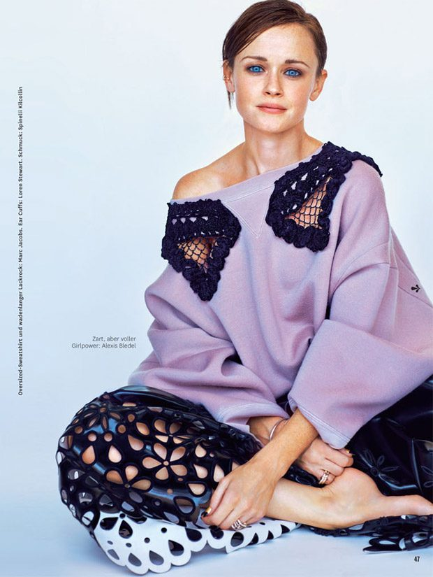 Gilmore Girls Alexis Bledel Stars In Glamour Germany December Issue