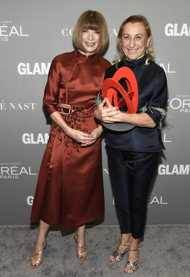 LOS ANGELES, CA - NOVEMBER 14: Vogue magazine Editor-in-Chief Anna Wintour and honoree Muccia Prada pose with an award at Glamour Women Of The Year 2016 at NeueHouse Hollywood on November 14, 2016 in Los Angeles, California. (Photo by Frazer Harrison/Getty Images for Glamour)