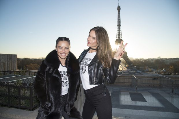 PARIS, FRANCE - NOVEMBER 29: Adriana Lima and Alessandra Ambrosio attends a photocall for the Victoria's Secret Angels ahead of the annual fashion show at The Eiffel Tower, on November 29, 2016 in Paris,ÊFrance (Photo by Pascal Le Segretain/Getty Images for Victoria's Secret)