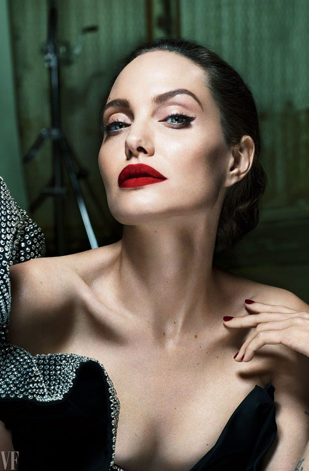 ANGELINA JOLIE IS BACK FOR THE COVER OF VANITY FAIR!