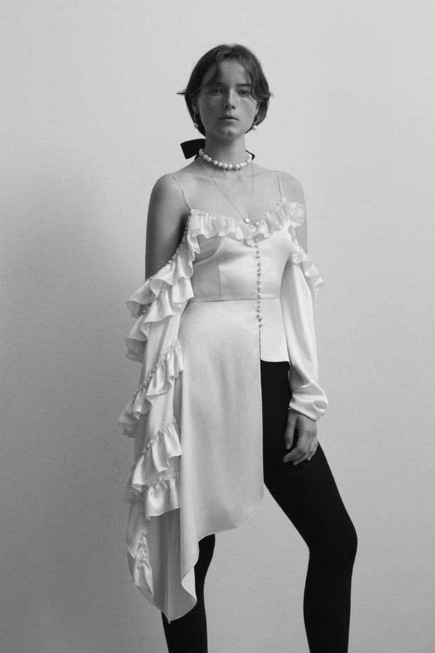 Discover Magda Butrym Spring Summer 2018 Collection