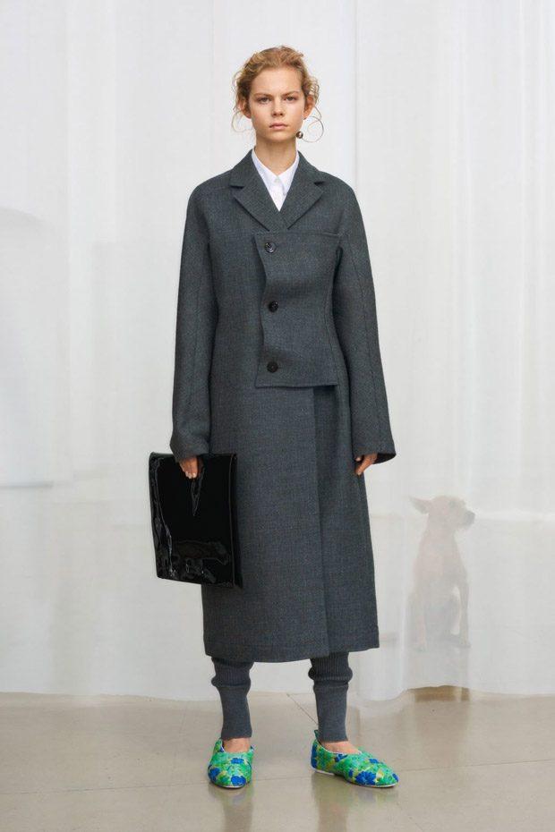 jil sander pre fall 2018 womenswear collection. Black Bedroom Furniture Sets. Home Design Ideas