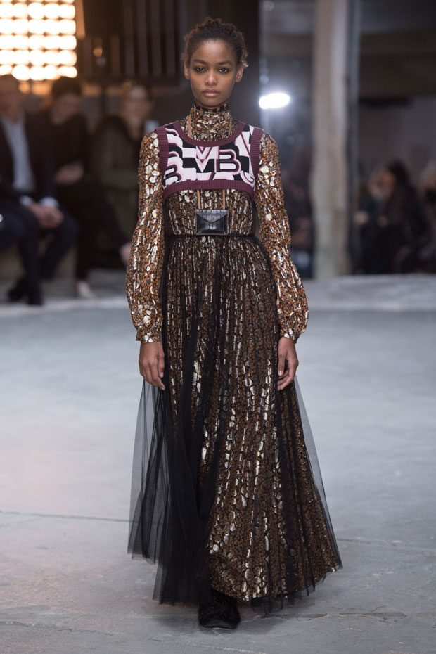 PFW: Giambattista Valli Fall Winter 2018.19 Womenswear ...
