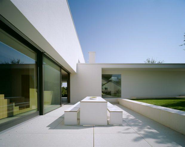 Services Architect