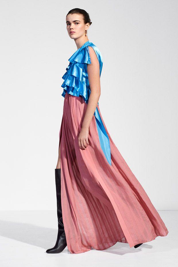 LOUIS VUITTON Pre-Fall 2018 Womenswear Collection